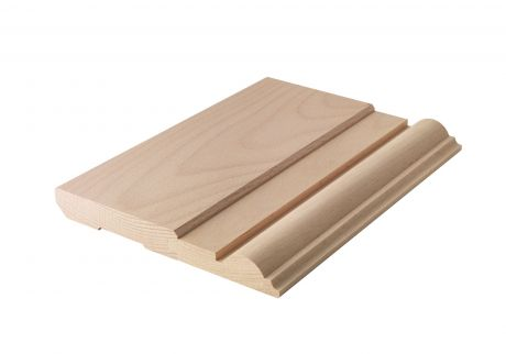 Decorative plynth wood moulding